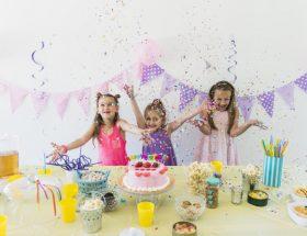 min venindes datter til børnefødselsdagen