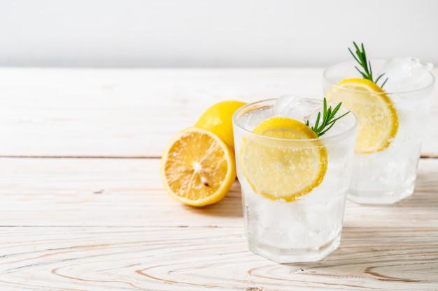 sommer gin drink